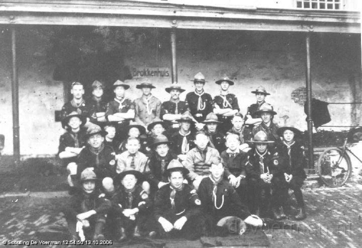 Groepsfoto uit 1927 - Prinsenhof in Groningen - Brokkenhuis