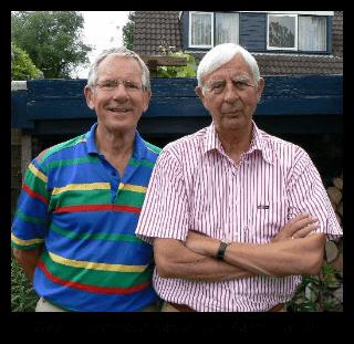 Oeds Helmhout naast Jan Karel Budde, beide belangrijke spelers binnen de groep